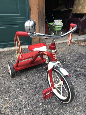 Radio Flyer tricycle for Sale in Alexandria, MN