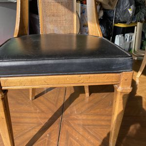Comedor De Madera De 4 Sillas for Sale in Fontana, CA