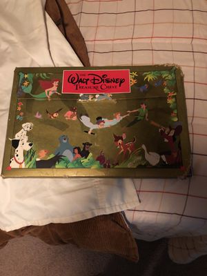 Disney books. They are in good shape. All pages are In every book. Every Disney movies back in the day. for Sale in Kingsport, TN