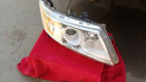 Honda Odyssey headlight for Sale in Paramount, CA