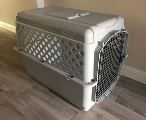 DOG CRATE KENNEL for Sale in McKinney, TX