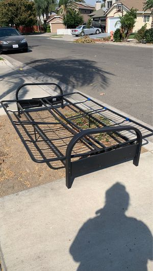 FREE FUTON FRAME for Sale in Ceres, CA