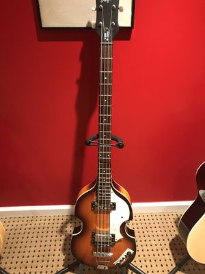 Hofner violin bass for Sale in Stamford, CT