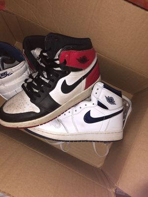 CHEAP BUNDLE Black toe 1 and metallic blue 1s for Sale in Virginia Beach, VA