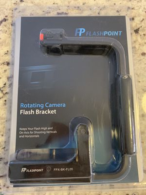 Flashpoint Rotating Camera Flip-Flash Bracket for Sale in Brockton, MA