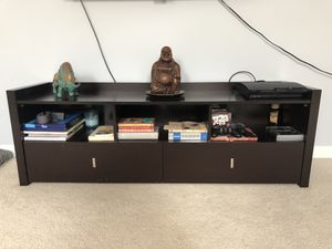 """Tv stand 5ft long x 20 1/2"""" high and 16 1/2"""" depth. for Sale in Germantown, MD"""