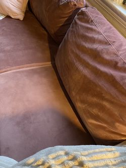 Small Pink Velvet Couch for Sale in Washington,  DC