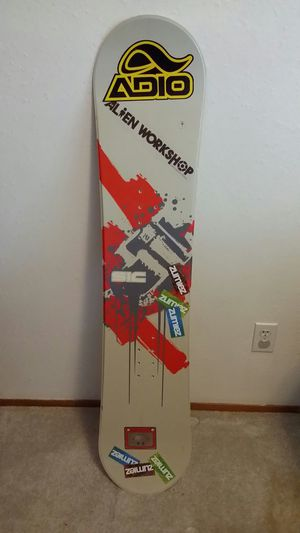 SIC Snowboard - Kids for Sale in Puyallup, WA