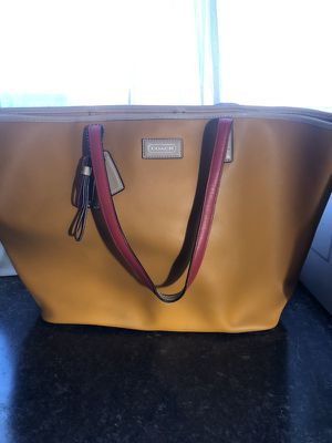 Coach Purse (bag) for Sale in Elkins, WV