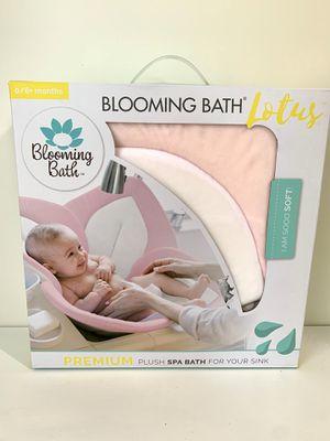 Baby blooming bath for Sale in Mechanicsville, VA