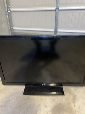 LG 40 inch WORKING TV for Sale in Nashville, TN