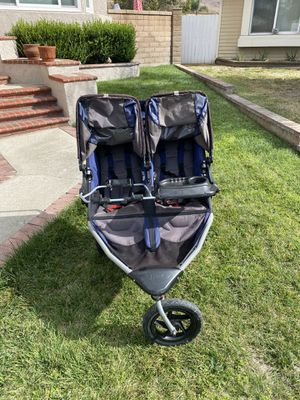 Bob double stroller for Sale in Pomona, CA