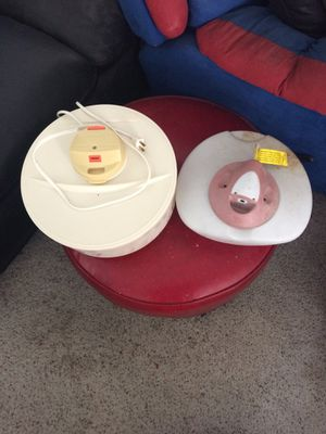 2 HUMIDIFIERS FOR $20 for Sale in NV, US
