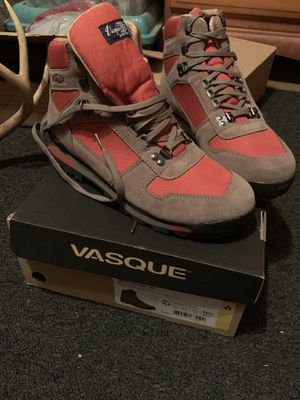 Vasque Clarion 88 hiking boots for Sale in Utica, MS