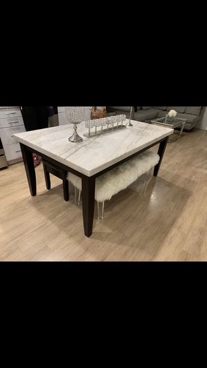 Marble dining table for Sale in Windsor Hills, CA