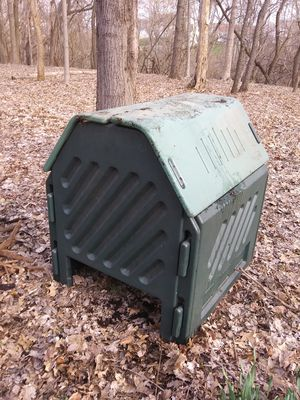 Rubbermaid Compost shed for Sale in Reynoldsburg, OH