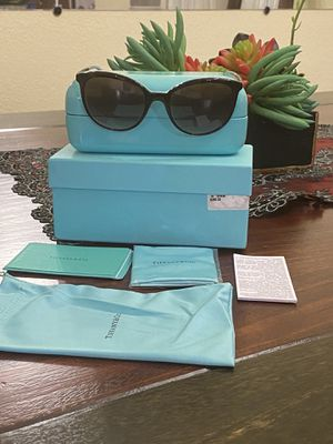 $280 Value Tiffany & Co women sunglasse!! New for Sale in Moreno Valley, CA
