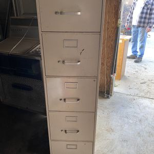 Tall File Cabinet for Sale in Riverside, CA