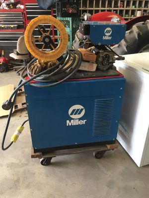 I'm searching for a one phase to a 3 phase rotary power converter 10Hp phase converter 208-240V Rotary to power this Industrial welder for Sale in Sanger, CA