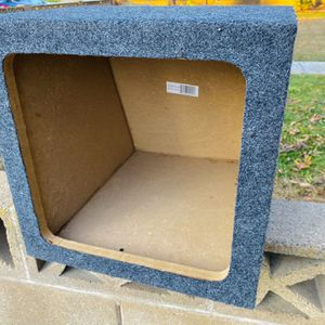 ($50) 12 Inch Kicker L7 Type Sub Box for Sale in Sanger, CA