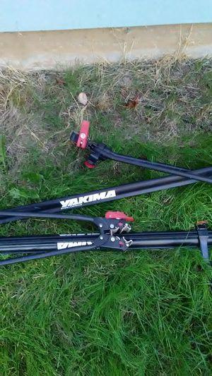 Yakima Arcata ca upright/roof bike rack for Sale in Portland, OR