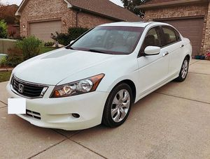 Perfect.White 2008 Honda Accord FWDWheels/beautiful.SEDAN for Sale in Baltimore, MD