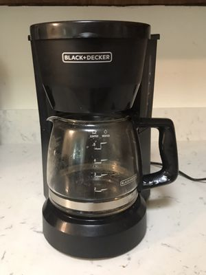 Black & Decker personal coffee maker for Sale in Kaneohe, HI