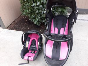 Baby Trend Jogging- stroller/carseat combo for Sale in Arlington, WA