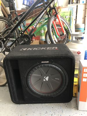 Kicker subwoofer and amplifier for Sale in Virginia Beach, VA