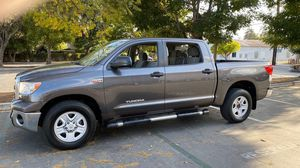 2012 Toyota tundra 5.7 for Sale in Inglewood, CA