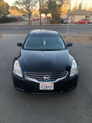 2010 nissan altima for Sale in Daly City, CA