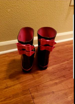 Girl's rain boots for Sale in Oregon City, OR