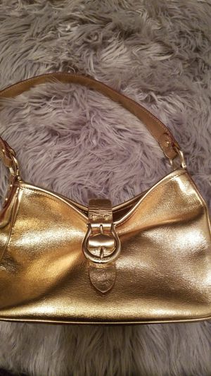 Small gold kate spade purse for Sale in Campbell, CA