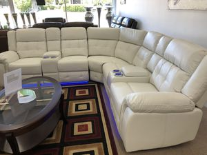 Power recliner sectional with led light for Sale in Elgin, IL