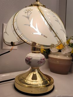 White glass touch lamp, gold color for Sale in Everett,  WA