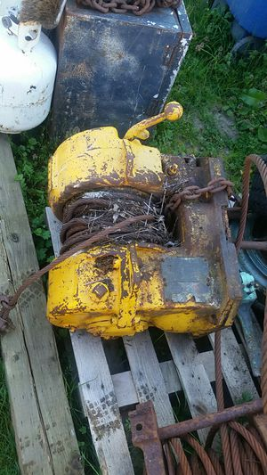 Caro winch 5 ton dozer winch for Sale in Olalla, WA