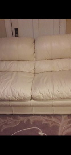 Set of couches for sale! for Sale in Chicago,  IL