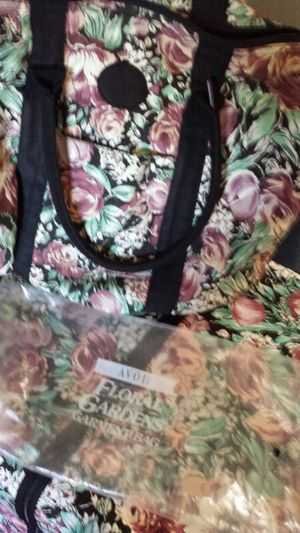 Overnight floral bags for Sale in West Chicago, IL