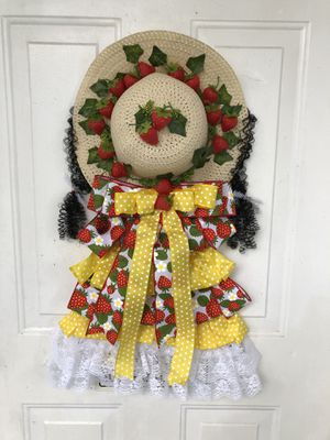 Strawberry Country Girl Wreath for Sale in Port St. Lucie, FL