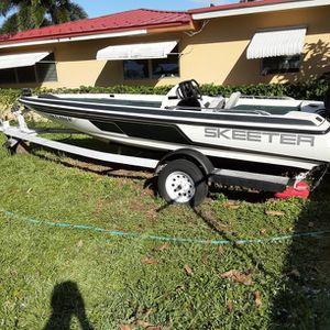 96 Skeeter 18ft Bass Boat for Sale in Fort Lauderdale, FL