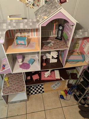 Doll house for Sale in Mount Rainier, MD