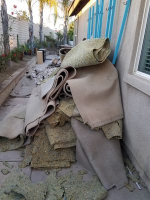 FREE USED CARPET for Sale in Canyon Lake, CA