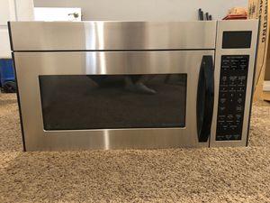 GE spacaker XL1800 microwave for Sale in Fresno, CA