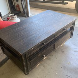 Lift Top Coffee Table Needs Love for Sale in Rancho Cucamonga,  CA