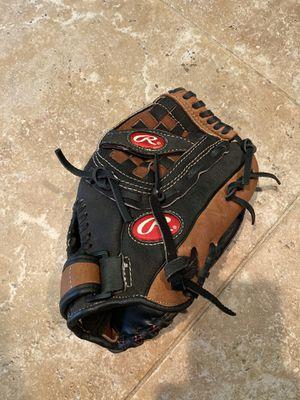 "Rawlings 11.5"" baseball glove for Sale in Miami, FL"