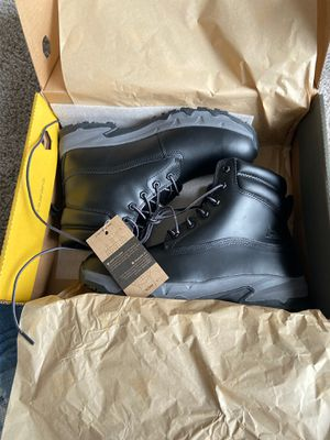Size 10 work boots for Sale in Livermore, CA