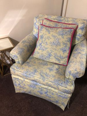 Customer Toile Arm Chair with Matching Pillows for Sale in Washington, DC