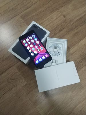 iPhone 7 plus factory unlocked 256gb for Sale in Falls Church, VA