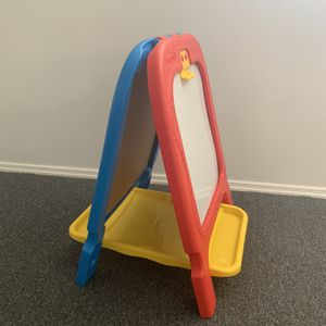 Kids Easel / Chalk/ Dry Eraseboard for Sale in Merrick, NY