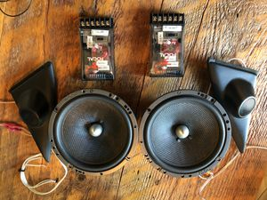 Pioneer stereo with Focal speakers for Sale in Silverdale, WA